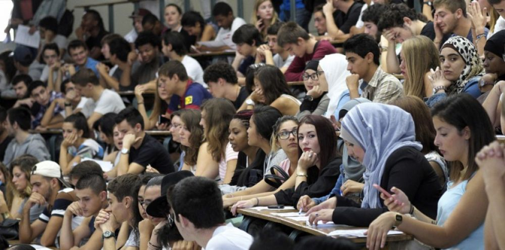 les frais de scolarit u00e9 inaccessibles aux  u00e9tudiants  u00e9trangers en france